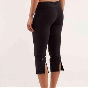 Lululemon black crop flare leggings size 4